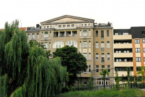 Denkmal Haus Lessing Ansicht von der Spree